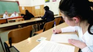 Evaluarea Națională: elevii susțin proba scrisă la Matematică