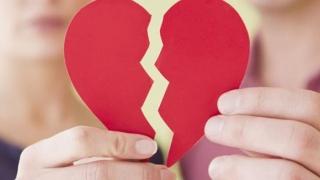 Pentru 25% dintre români, dragostea nu ține de foame