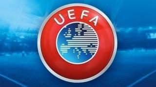 Proceduri disciplinare împotriva cluburilor Arsenal, Bayern și Napoli