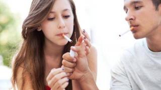 Îngrijorător! A crescut procentul de adolescenți fumători