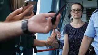 Procuroarea care a luat-o cu forța pe Sorina, pusă sub urmărire penală