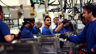 Industria românească se vinde tot mai scump