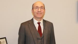 Prof. Dr. Ilhan Elmaci: rolul neuromonitorizării în tratarea cu succes a tumorilor cerebrale
