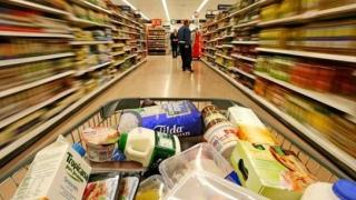 Programul hypermarketurilor şi mall-urilor în ultima zi din an