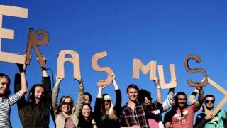 Socializare și studiu! Sute de mii de bebeluși, rezultatul direct al programului Erasmus?!
