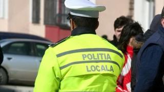 O mie de poliţişti locali protestează în faţa Guvernului, cerând reducerea vârstei de pensionare