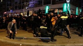 38 de persoane reținute în Turcia, pentru protestele după referendum