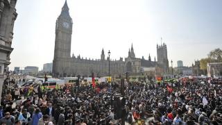 Proteste la Londra împotriva politicii de austeritate a lui David Cameron