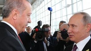 Putin, în vizită oficială la Ankara, la invitaţia lui Erdogan