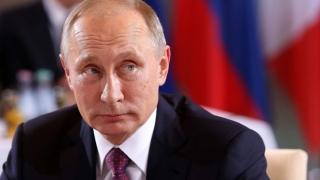 Putin impune restricţii economice Ucrainei