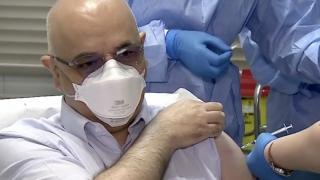 Raed Arafat s-a vaccinat împotriva coronavirusului