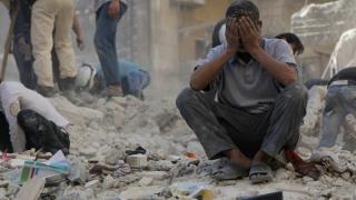 Zeci de morți în Siria, în urma unor raiduri aeriene asupra unei piețe