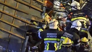 Două persoane au murit şi 14, rănite, în urma unei explozii la Anvers