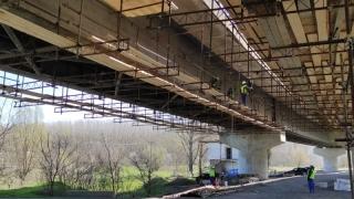 GALERIE FOTO. Când ar trebui finalizată reabilitarea Podului de la Cernavodă