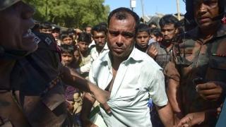 Peste 2.600 de locuințe din Myanmar, arse în zone locuite de musulmanii Rohingya