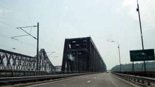 Restricție de circulație pe podul de la Fetești