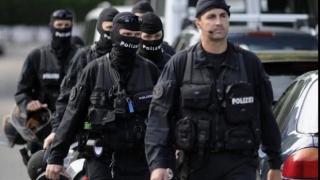 Reţea de proxenetism, compusă din cetăţeni români, destructurată în Elveția