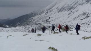 Şase persoane, audiate în dosarul de ucidere din culpă deschis după moartea alpiniştilor din Retezat