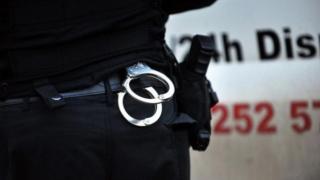 Căutat de autorităţile din Spania pentru jaf şi vătămare corporală, depistat de poliţişti români