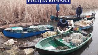 Reținuți pentru furt de ambarcațiuni și pescuit ilegal