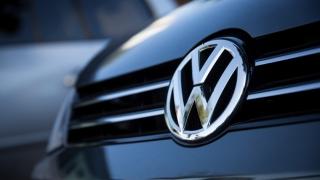 Volkswagen revine cu succes pe piețele de obligațiuni