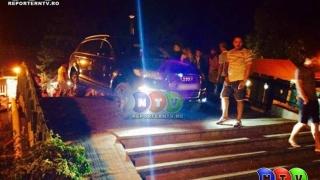 Un șofer tupeist cu bolid de lux, amendat de polițiști!