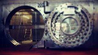 Rezervele valutare, în scădere