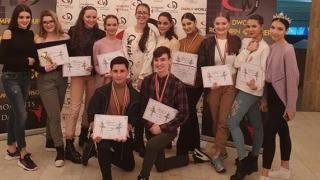 Rezultate de excepţie ale tinerilor balerini români
