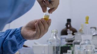 Rezultate pozitive în testele preliminare ale vaccinului anticoronavirus dezvoltat de firma Moderna