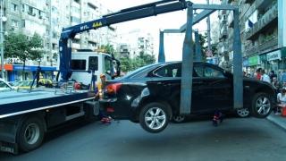 Atenție unde parcați! De sâmbătă vi se poate ridica mașina