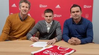 Răzvan Marin, prezentat oficial la Ajax Amsterdam