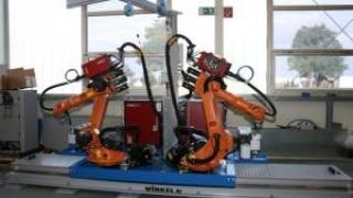 Roboții ar putea înlocui aproape 250.000 de angajați ai sectorului public
