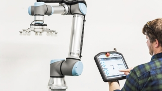 Roboţi industriali  - soluții pentru automatizare eficientă