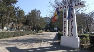 România 2016: Secție de Pediatrie cu obloanele trase!