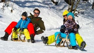 Românii renunță la vacanța de sărbătorile de iarnă! Vezi ce alegeri au făcut!