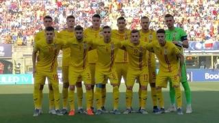 Tricolorii U21, întâmpinaţi de sute de fani la revenirea acasă