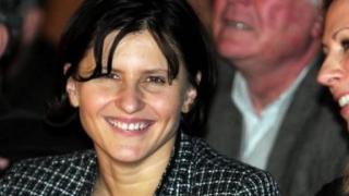 O româncă a fost numită Ministru al Sporturilor din Franţa:  Roxana Mărăcineanu