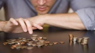 Anunțul făcut de ministrul Muncii: Care angajați vor avea salarii mai mici