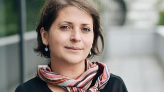 Salariul românesc - șef pe hârtie, codaș în buzunare