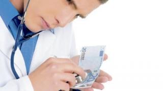Salariul mediu net al medicilor de la Spitalul Universitar Bucureşti a crescut cu 80%