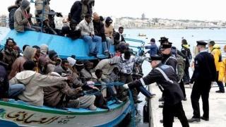 Peste 500 de imigranţi, salvaţi de pe Mediterană în timp ce încercau să ajungă în Italia