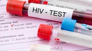 S-a născut infectată cu HIV. De nouă ani nu ia medicamente și este sănătoasă