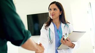 PSD se opune privatizării programelor de sănătate publică