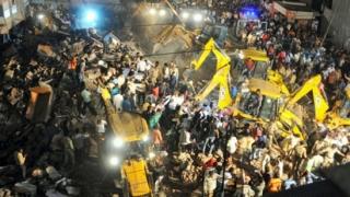 Hotel de patru etaje, prăbușit în India. Zece oameni au murit