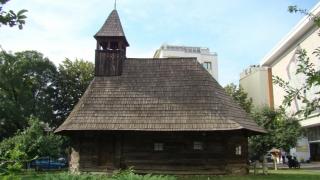 Sărbătoare mare și la Muzeul Țăranului: se deschide biserica din Bejan