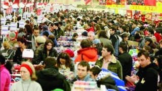 Mergeți la cumpărături de Sărbători? Atenție la hoți!