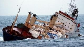 O navă cu fier vechi s-a scufundat în Marea Neagră