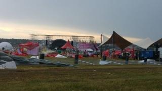 6 răniți la festivalul Afterhills , după ce vântul a prăbușit un cort peste oameni