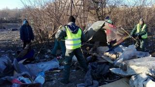 Acțiune de igienizare și dezafectare adăposturi improvizate pe Valea Portului