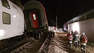 CUMPLIT! 2 trenuri s-au ciocnit lângă Viena. Mai mulți răniți